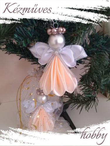 Quilling ajándék - Karácsonyfa dísz - Angyalka színes ruhás - Karácsonyfa dísz