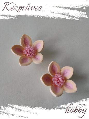 Quilling ajándék - Virágfejek - Barack-rózsaszín cirmos - virágfejek