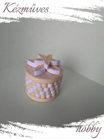 Quilling ajándék - Ékszerdobozok - Kör alakú ékszerdoboz - Quilling ékszerdobozok