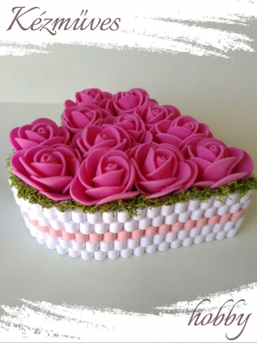 Quilling ajándék - Virágdoboz - Pink rózsadoboz - Virágdoboz