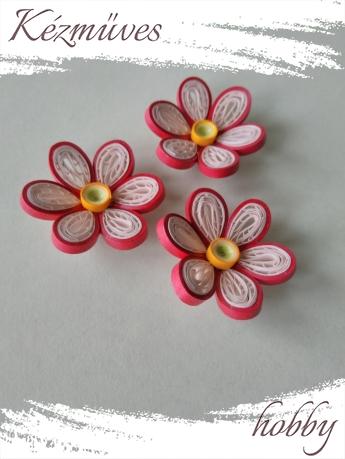 Quilling ajándék - Virágfejek - Piros-fehér - virágfejek