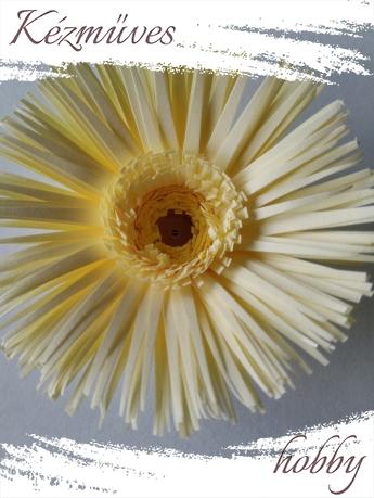 Quilling ajándék - Virágfejek - Sárga Gerbera (dupla belső) - virágfejek
