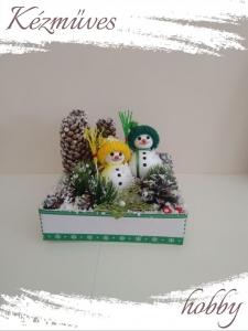 Quilling ajándék - Karácsonyi asztaldísz - Hóemberkék - Karácsonyi asztaldísz