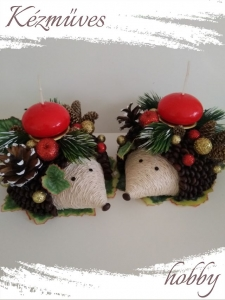 Quilling ajándék - Karácsonyi asztaldísz - Karácsonyi süni nagy testvér - Karácsonyi asztaldísz