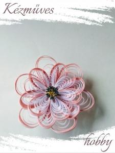 Quilling ajándék - Quilling termékek - Rózsaszín virágfej